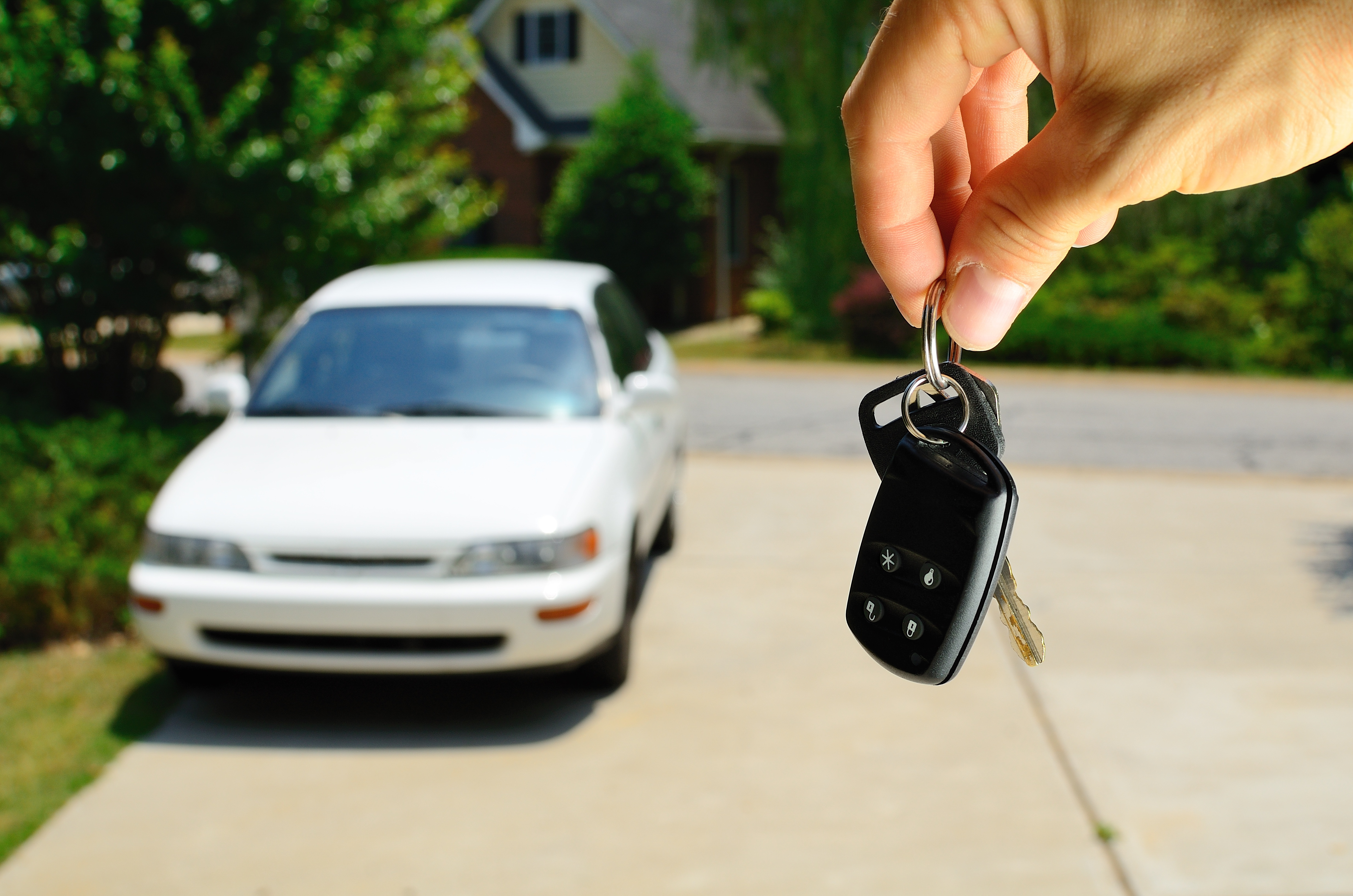 7 Credit Union Tips for Buying a Car from a Private Seller
