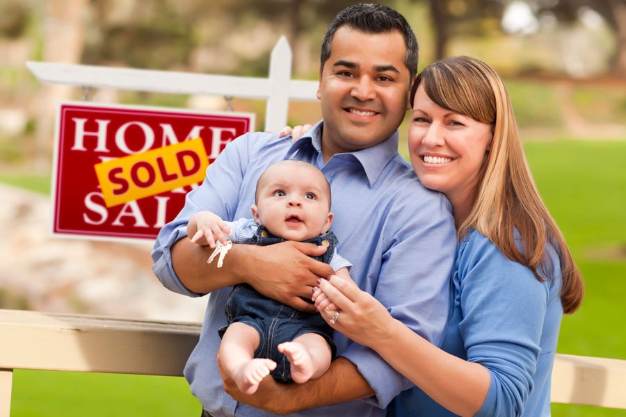 couple-with-baby-house-sold